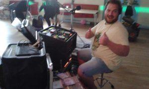 Gareth working the kit