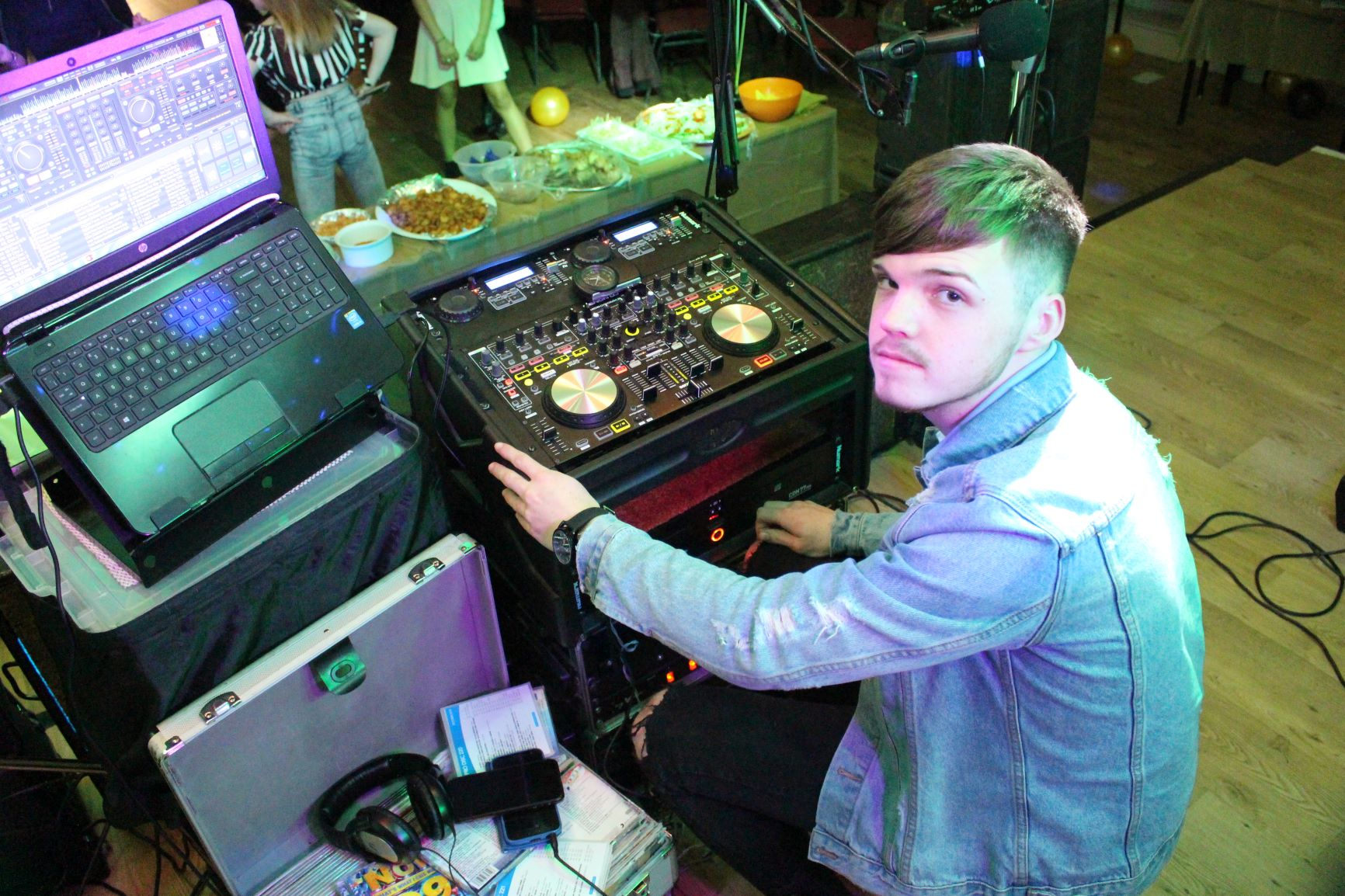 DJ Ethan at Railwaymen's club, Swansea