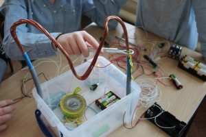 Robot Workshop in Schools  -Electric circuits